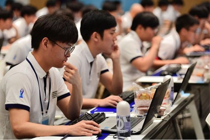 과학기술 및 사회경제의 발전에 맞춰 대학교육법 개정보완 - ảnh 1