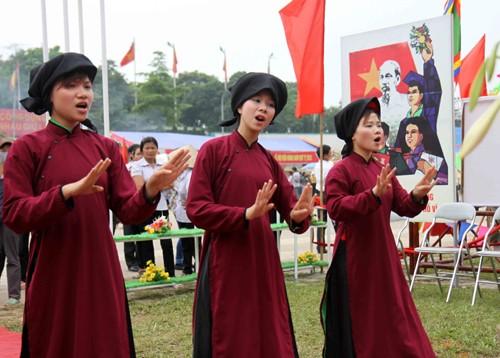 Phu Tho, 무형 문화 유산의 가치들을 보호하고 발휘 - ảnh 3