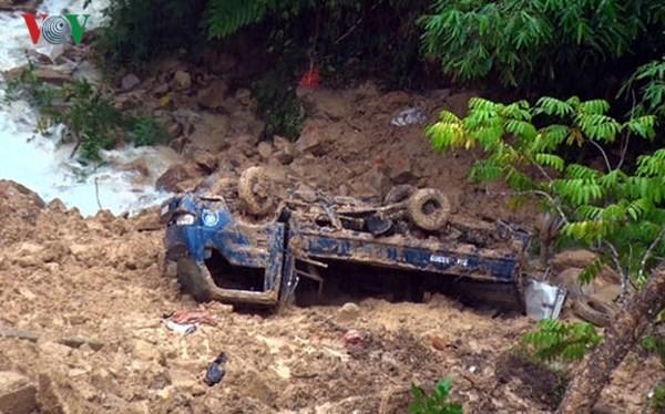 베트남 북부 산악 지방들, 홍수의 여파 극복 노력 - ảnh 2