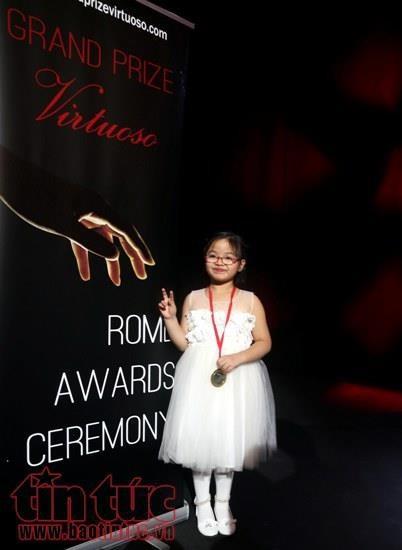 미국  국제 피아노 콩쿠르서 우승한  베트남 소녀 - ảnh 1