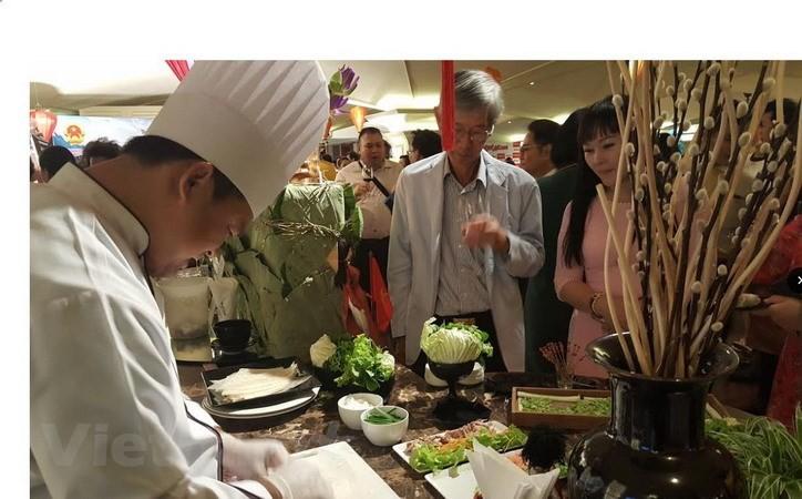 태국에서 베트남 문화와 음식 홍보 - ảnh 1
