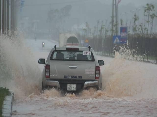각 지역,  썬딩 폭풍 피해 신속히 극복 - ảnh 1