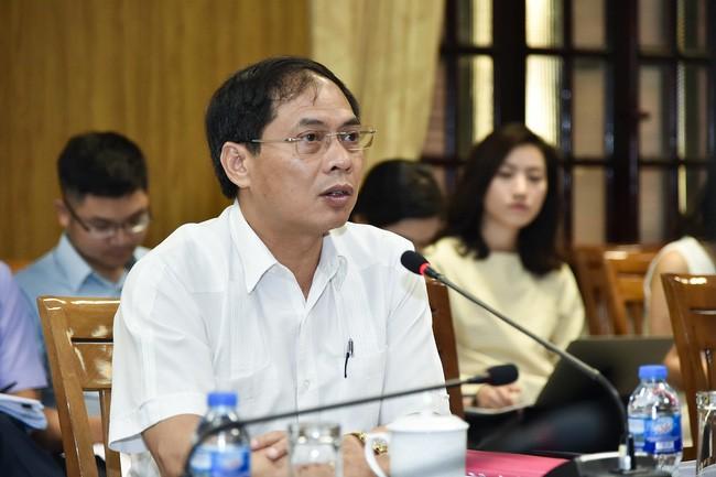 동남아시아에 대한 세계경제 포럼회의 4차 조직위원회 회의 - ảnh 1