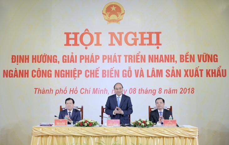 베트남 국무총리: 목재 및 임산물 가공업 개발해라 - ảnh 1