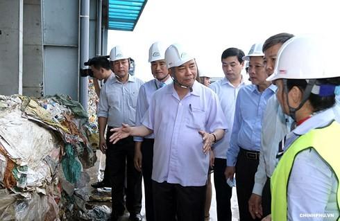 Nguyen Xuan Phuc 총리, Quang Binh 성 핵심지도자와 함께 회의 - ảnh 1