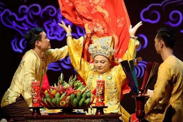 베트남 사람들의 Mau Tam Phu 숭배 신앙 - ảnh 1