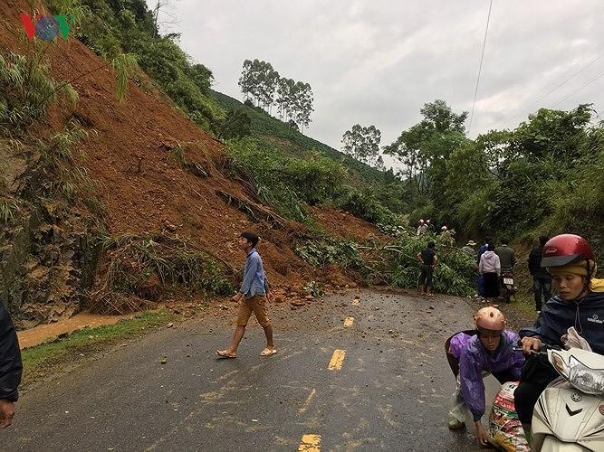 홍수 여파를  시급히  극복  - ảnh 2