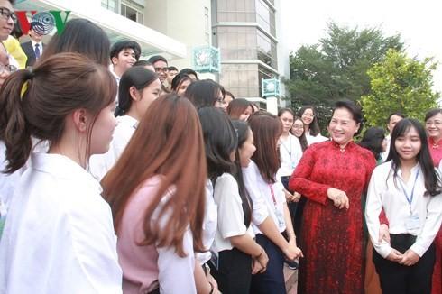 Nguyen thi Kim Ngan 국회의장, Ho Chi Minh시 국가대학 방문 - ảnh 1