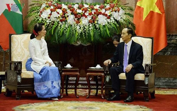 쩐다이꽝 (Trần Đại Quang) 국가주석, 미얀마 아웅산수지 여사 접견 - ảnh 2