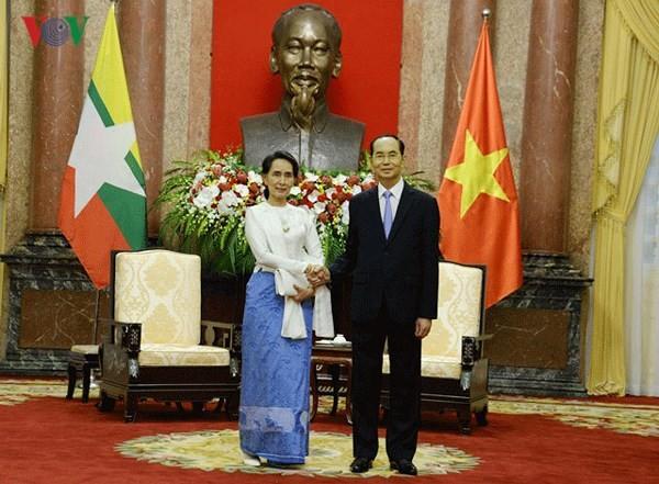 쩐다이꽝 (Trần Đại Quang) 국가주석, 미얀마 아웅산수지 여사 접견 - ảnh 1