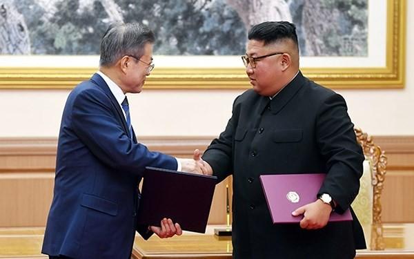 조선 김정은 국방 위원장, 한 - 미 회담 진전 기대 - ảnh 1