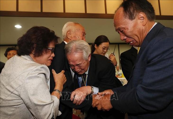 대한민국 통일부 장관:  이산가족상봉은 미룰 수 없는 긴급 임무 - ảnh 1