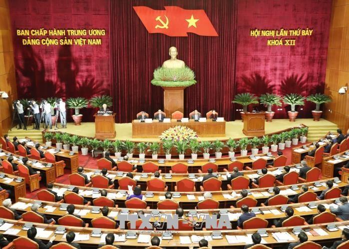 12기 베트남 공산당 중앙집행위원회의 제8차 회의  10월2일 – 6일 거행 - ảnh 1
