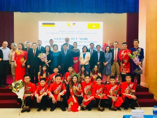 베트남-독일 국민 간의 친선협력관계 촉진 - ảnh 1