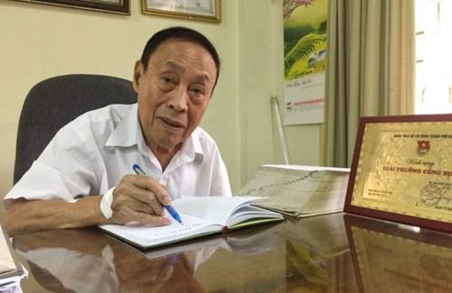 찐 응옥 찐 (Trịnh Ngọc Trình)선생님,  2018년 하노이의 우수 시민 - ảnh 1