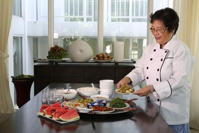 하노이 우수 시민 – 팜 티 아인 뚜엣 (Phạm Thị Ánh Tuyết) 우수 음식예술인 - ảnh 1