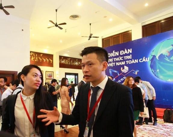 1차 세계 베트남 청년 지식인 포럼에 대표  200명 참가 - ảnh 1