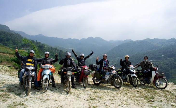 베트남 관광 - 외국 관광객들의 교통 안전 보장 - ảnh 1