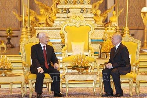 캄보디아 – 베트남 관계, 새로운 차원으로 발전 - ảnh 1