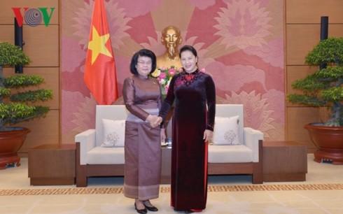 응우옌 티 낌 응언 국회의장, 캄보디아 국회부의장 접견 - ảnh 1