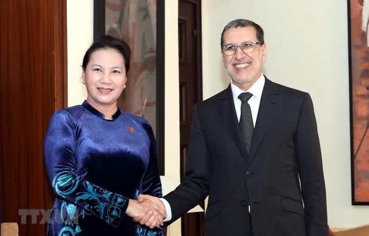 응우옌 티 낌 응언 국회의장, 모로코 총리와 회견 - ảnh 1