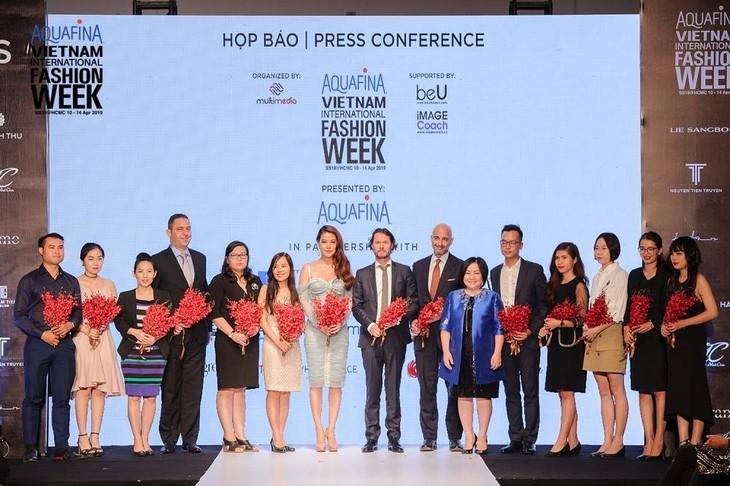 베트남 국제 패션 주간, 한국 디자이너 참여 - ảnh 1