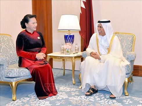 응우옌 티 낌 응언 국회의장, 카타르 슈라 국회의장과 회견 - ảnh 1