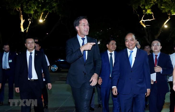 마크 루테 네덜란드 총리,  우리는 베트남 국민들의 유럽 친구 - ảnh 1