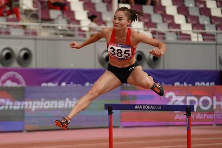 아시아 육상 챔피언십 경기, 꽈익 티 란 선수400m 장애물 금메달 - ảnh 1
