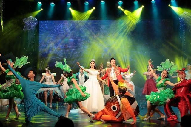 국제 어린이날 (6월1일) 맞아  뚜오이 째 (청춘-Tuổi trẻ)극장의 어린이를 위한 특색있는 연극 - ảnh 2
