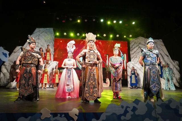 국제 어린이날 (6월1일) 맞아  뚜오이 째 (청춘-Tuổi trẻ)극장의 어린이를 위한 특색있는 연극 - ảnh 1