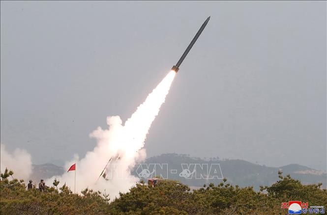 조선 비행체 발사: 한국이 상황을 면밀히 감시 - ảnh 1