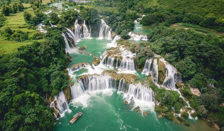 MSN의 14 개의 가장 아름다운 폭포 목록에 두 개의 베트남 폭포가 포함 - ảnh 1