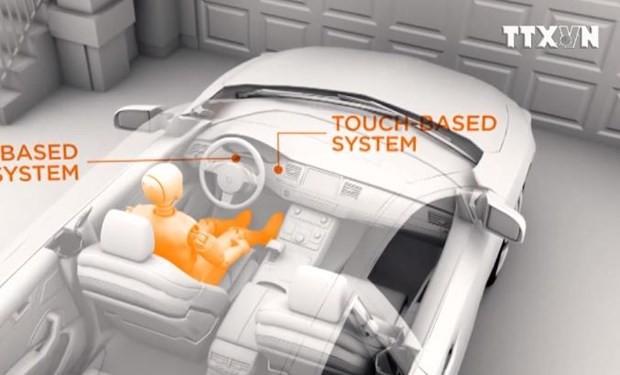 음주 운전자의 차량 시동을 중단시키는 센서 운전대 개발 - ảnh 1