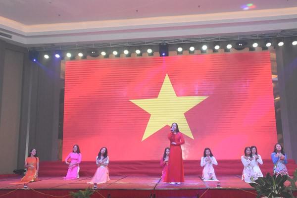 Xúc động giây phút bế mạc Trại hè Việt Nam 2017 - ảnh 5
