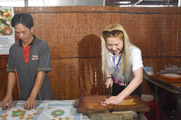 Ngọt lịm kẹo dừa miền Tây - ảnh 5