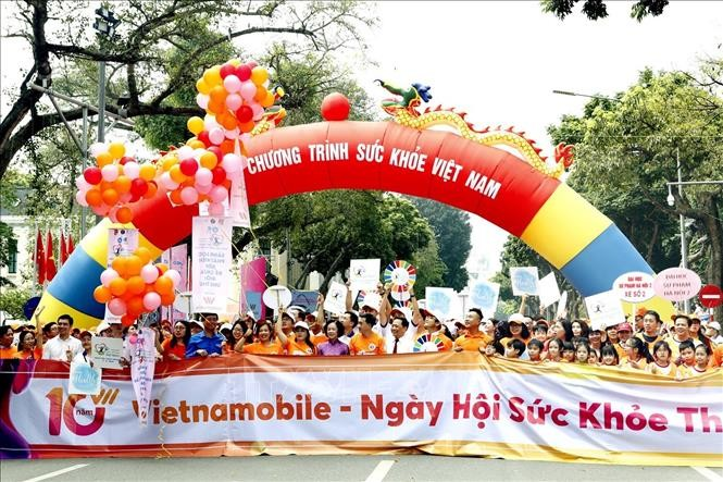 Việt Nam hưởng ứng Ngày sức khỏe thế giới năm 2019 - ảnh 1