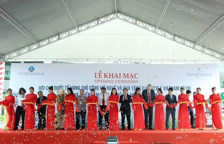 Hàng chục quốc gia dự triển lãm mỗi xã một sản phẩm tại Việt Nam - ảnh 1