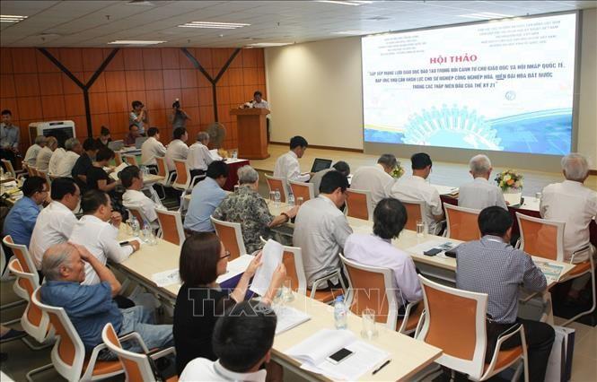 Sắp xếp mạng lưới giáo dục đào tạo trong bối cảnh Tự chủ giáo dục và hội nhập quốc tế - ảnh 1
