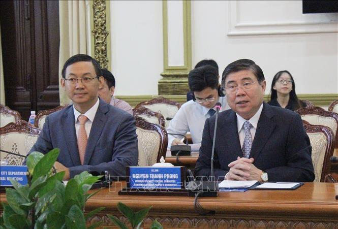 Chủ tịch Ủy ban nhân dân Thành phố Hồ Chí Minh làm việc với đoàn Đại sứ các nước EU - ảnh 1