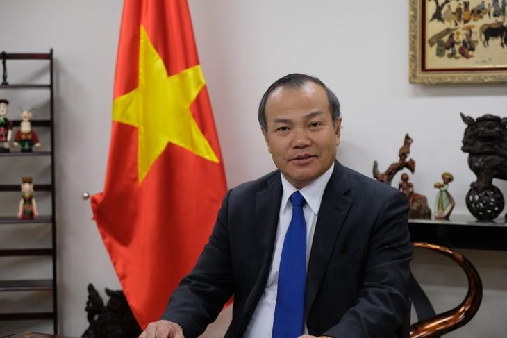 """Đại sứ Vũ Hồng Nam: """"Nhật Bản coi trọng quan hệ đối tác chiến lược sâu rộng với Việt Nam"""" - ảnh 1"""