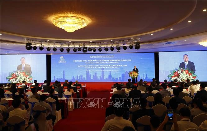 Thủ tướng Nguyễn Xuân Phúc: Tỉnh Quảng Ngãi nỗ lực hơn nữa trong thu hút đầu tư - ảnh 1