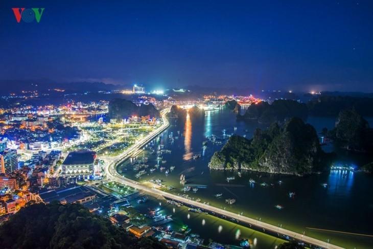 Hạ Long – thành phố du lịch không khói thuốc - ảnh 1