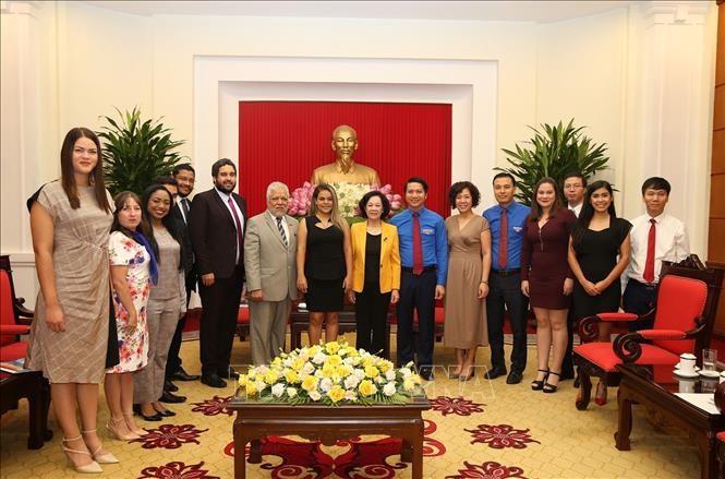 Trưởng Ban Dân vận Trung ương Trương Thị Mai tiếp  Đoàn Thanh niên Đảng Xã hội Chủ nghĩa Thống nhất Venezuela - ảnh 1