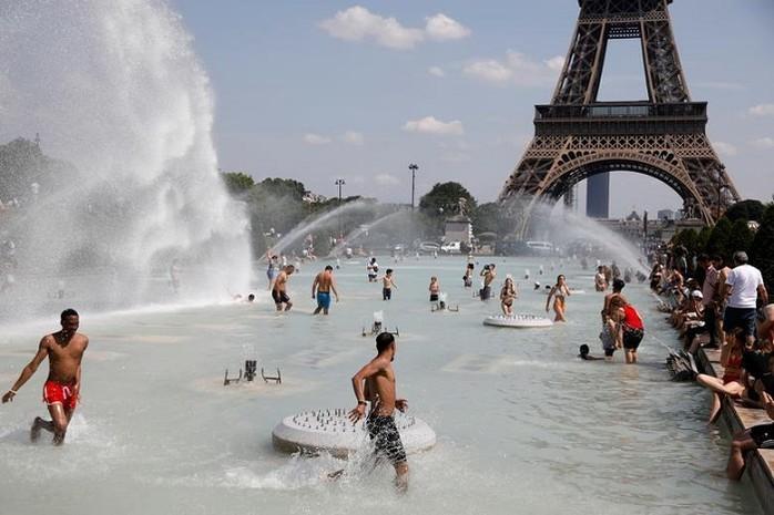 Nắng nóng kỷ lục tại Pháp ảnh hưởng đến đời sống kiều bào  - ảnh 1
