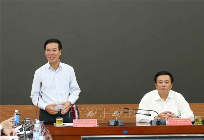 Học viện Chính trị quốc gia Hồ Chí Minh phải giữ vai trò quan trọng trong đấu tranh chống quan điểm sai trái  - ảnh 1