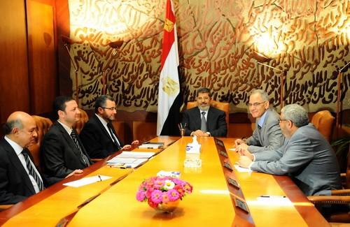 Presiden Mesir menolak ultimatum dari Tentara - ảnh 1