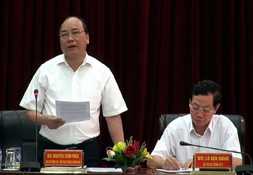 Provinsi Lai Chau  memperhatikan  pengembangan sumber daya manusia daerah. - ảnh 1