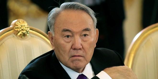 Nursultan Nazarbayev terpilih kembali menjadi Presiden Kazakhstan - ảnh 1