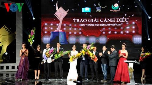 Фильм «Идол» завоевал большую победу на церемонии вручения премии «Золотой змей» 2013 - ảnh 1